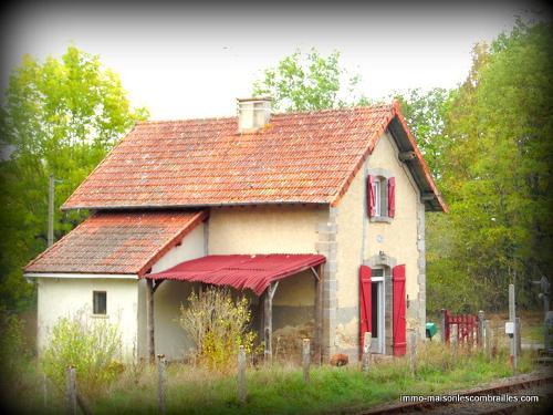 indépendant, Saint-Médard-la-Rochette, Creuse