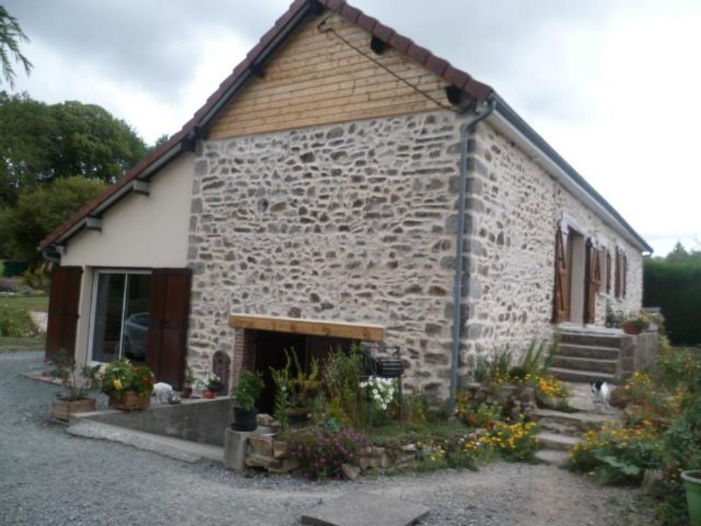 indépendant, Nouziers, Creuse